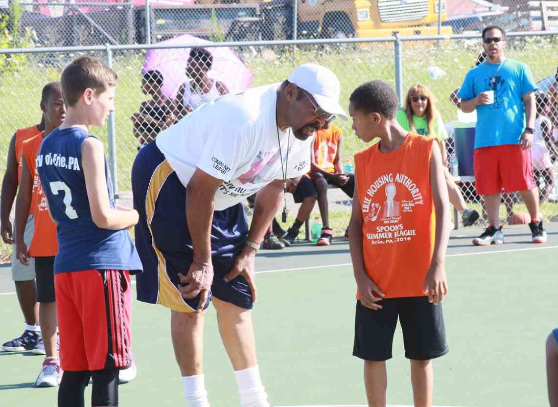Mel witherspoon giving advice to youth